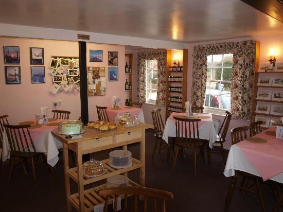 Weavers Tea Room: The Front Room