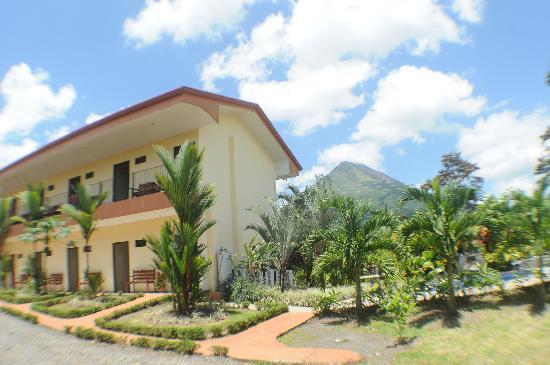 Hotel Vista del Cerro: Disfrute del mejor confort en su estadía en Arenal
