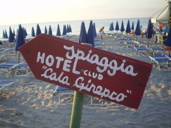 Hotel Cala Ginepro Resort&Spa: La spiaggia