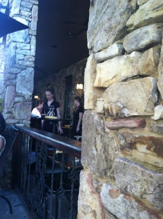 Christy Lee's Courtyard Grille: courtyard