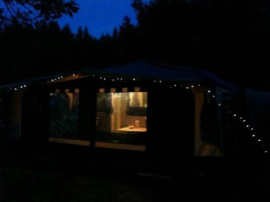 Sites et Paysages Camping Au Clos de la Chaume : Betsy - Our folding camper