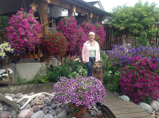 Austrian Haven Bed and Breakfast: Annelies in her beautiful garden