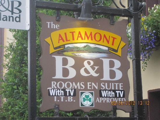 Altamont B&B: Signage