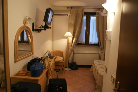 Hotel La Collinetta: La Camera