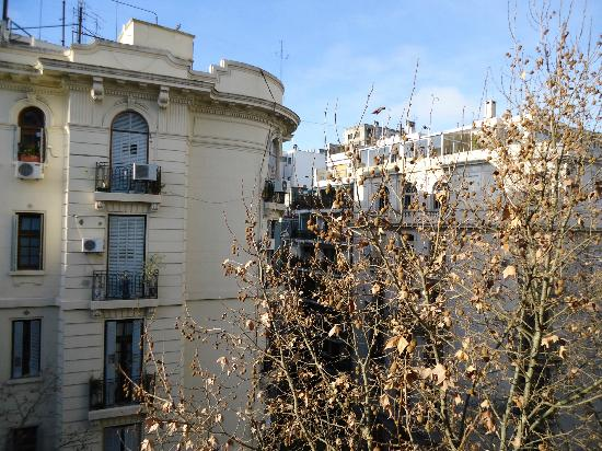 Epico Recoleta Hotel: Vista da sacada