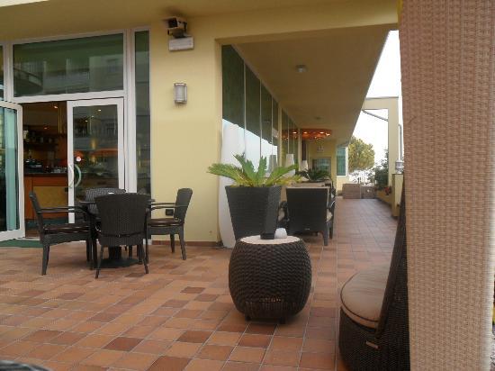 Hotel Ambassador: Terrazza del bar