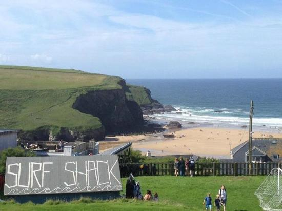 Bedruthan Hotel & Spa: hotel surf shack on way to beach