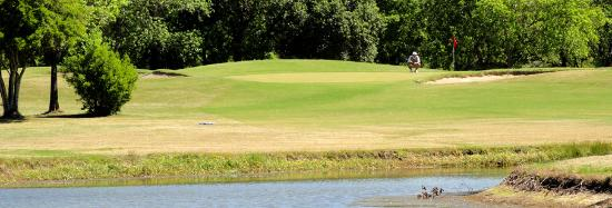 Pine Crest Golf Club