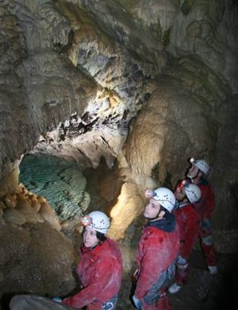 Canmore Cave Tours: Cavers in the Grotto