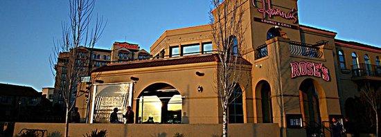 Rose's Waterfront Pub
