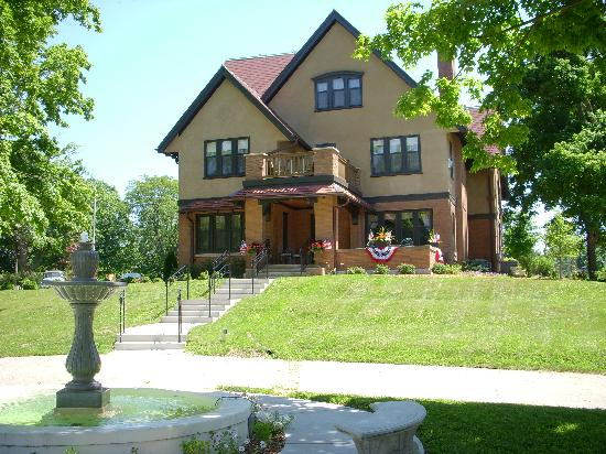 Westphal Mansion Inn Bed & Breakfast: 1913 Restored, Historic English Tudor Mansion