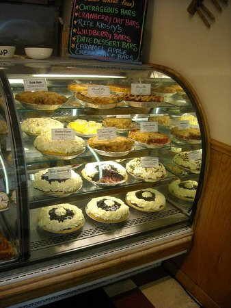 Lynden Dutch Bakery: PIES and More