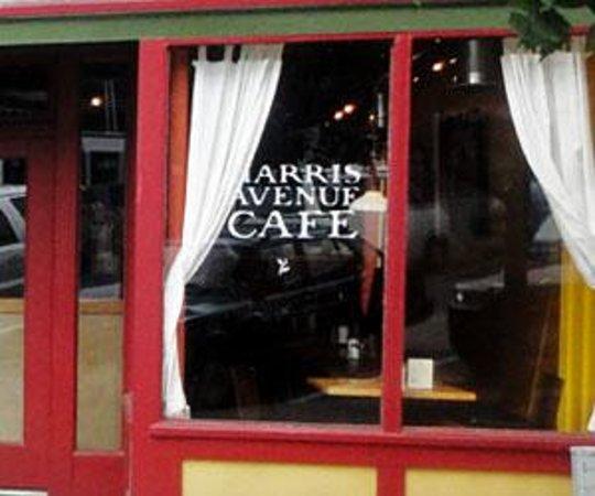 Harris Avenue Cafe and Tony's Coffee Foto