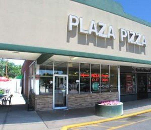Foto de Savona Plaza Pizza