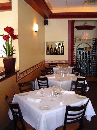 Manninos Italian Kitchen & Lounge