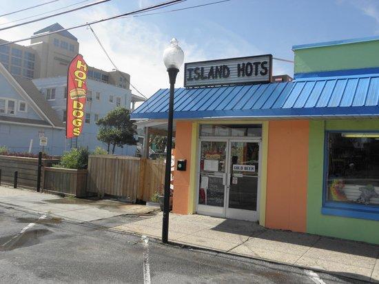 Jack's Retreat: Island Hots