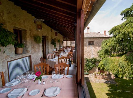 Restaurante hosteria de pedraza en pedraza con cocina - La olma de pedraza ...