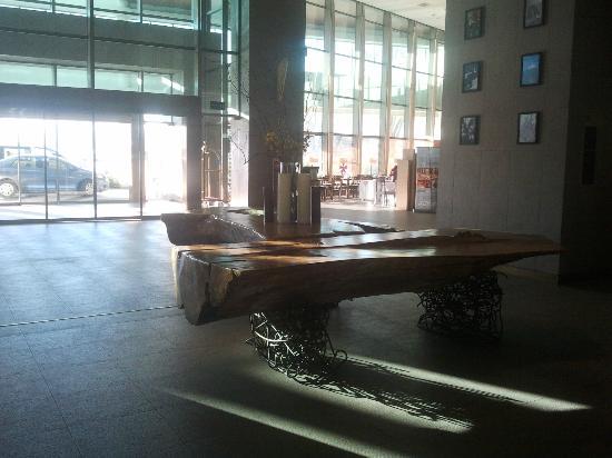 Sonesta Hotel Osorno: Lobby