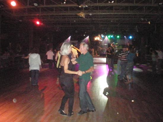 The Grizzly Rose: Dancefloor