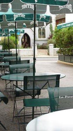 La Parisienne: Outside terrasse