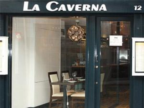 La caverna dublin temple bar restaurant avis num ro for Appart city dublin