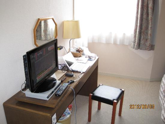 Hotaka Town Hotel: Single Room