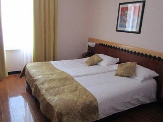 Grand Hotel Park : Large Room