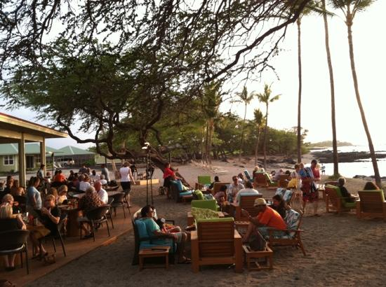Lava Lava Beach Club: looking toward the live musicians