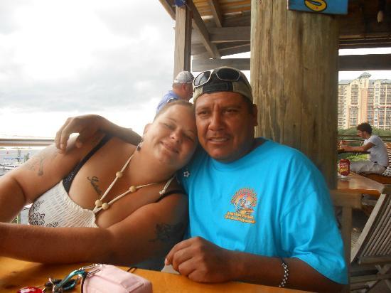 Joe's Crab Shack: me and my hubby