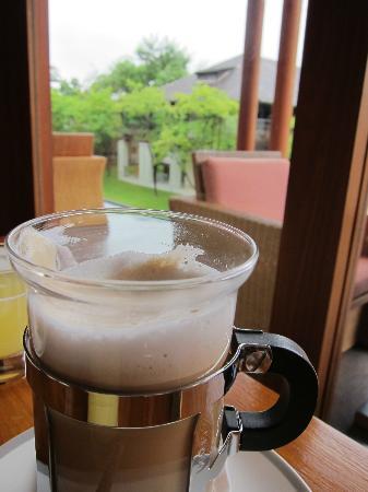 Anantara Chiang Mai Resort: Nice latte