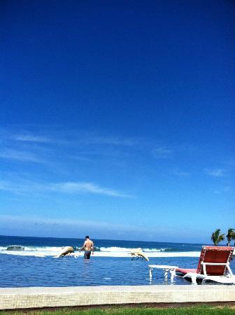 Sol Pacifico Cerritos: Pool 