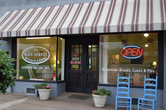 Best Restaurants Near Hartwell Ga
