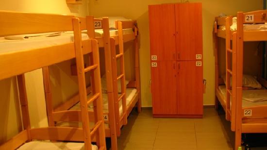 Envoy Hostel and Tours : Mixed Dorm