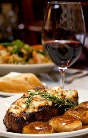 Minerva's Grill And Bar: Steak Michael