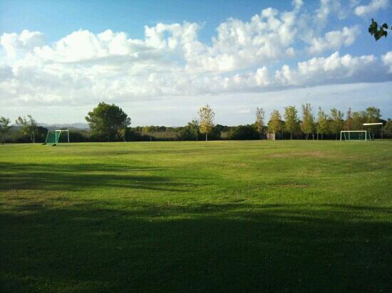 Valentin Playa de Muro: Campo de futbol.