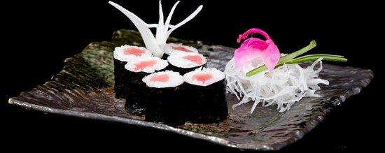 Goko Restauracja Japonska : nigiri z tuńczykiem