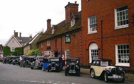 The Swan Inn Woolpit Photo