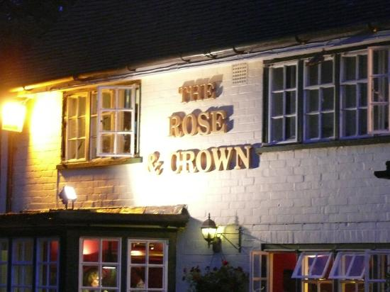 Potret Rose & Crown