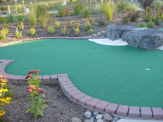 T-Burg Mini Golf Family Entertainment Center Foto