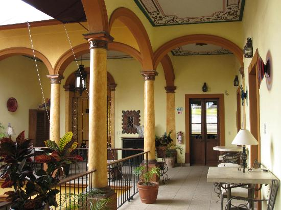 Casa Alebrijes Hotel: An example of what to expect...