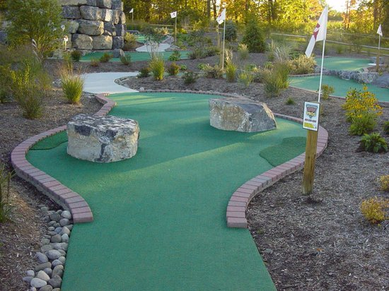 T-Burg Mini Golf Family Entertainment Center Photo