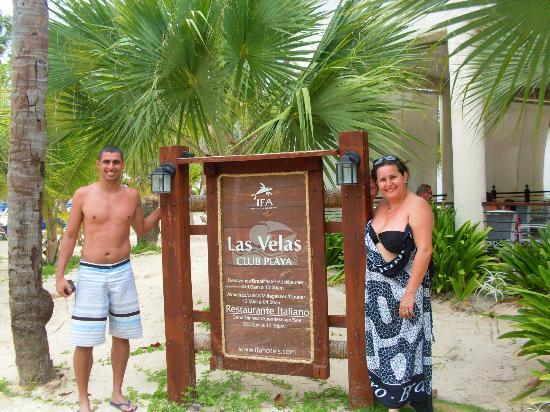 IFA Villas Bavaro Resort & Spa: Este restaurante é de frente pro mar e alimentação variada,muito boa e tem frutos do mar.