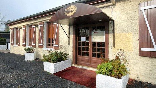 the 10 best restaurants near restaurant maison carree. Black Bedroom Furniture Sets. Home Design Ideas