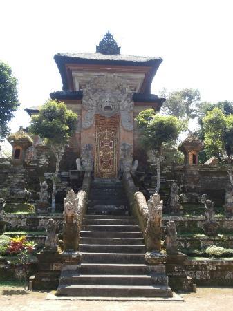 サムアン ティガ寺院の写真