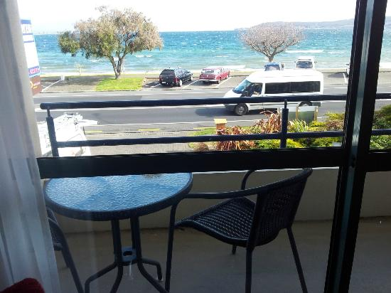 Baywater Lakeview Motel : view