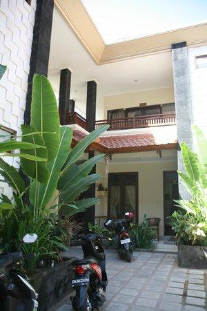 Surfaris Inn Poppies II Bewertungen Fotos Preisvergleich Bali Kuta