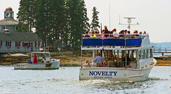 Balmy Days Cruises Photo