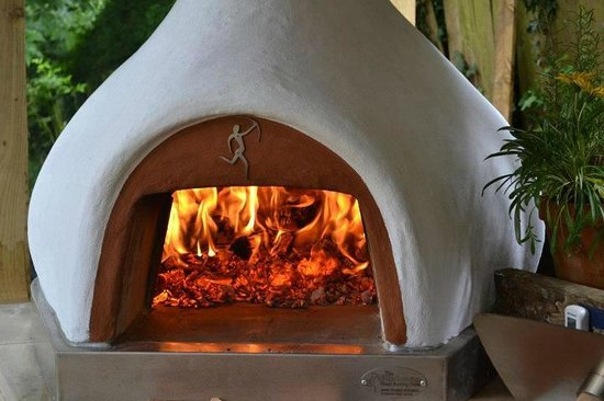 Manna from Devon Cooking School: Our Bushman Wood Burning Oven