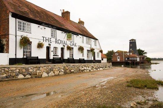 Cheap Hotels Near Royal Oak