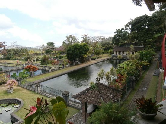 Tirta Gangga: View from Tirta Ayu Restaurant
